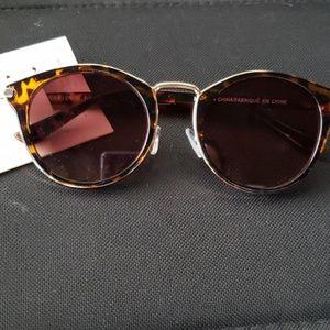 NWOT American Eagle sunglasses